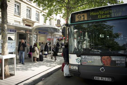 Transport en commun gratuit: dans quelle ville et à quel âge?