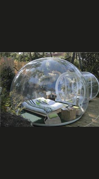 Dans une bulle transparente