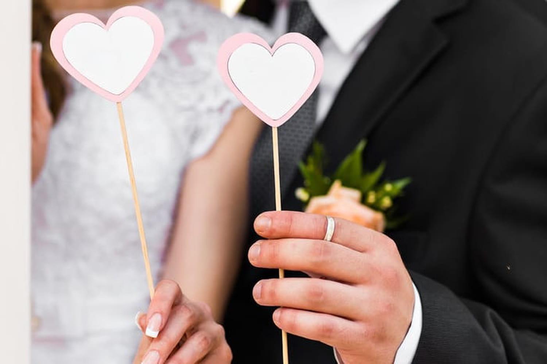 Texte félicitations mariage: humour et originalité