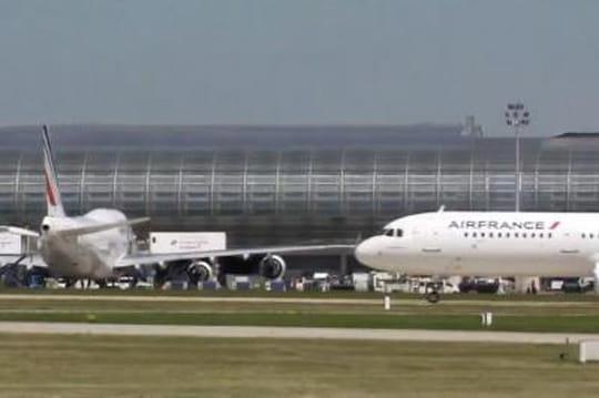 Air France: escale forcée à cause d'un quota d'heures dépassé, le vol dont Le Maire sesouviendra