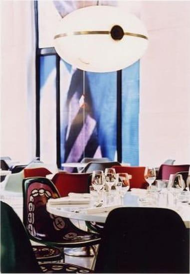 Tokyo Eat  - Salle de restaurant, vue 3 -   © Tokyo Eat