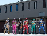 Power Rangers Dino Super Charge : Alliance et trahison