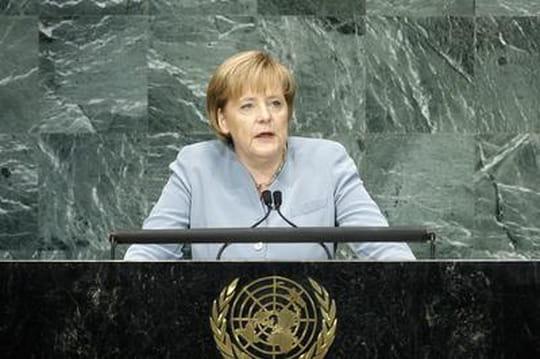 Angela Merkel: sa jeunesse communiste resurgit àtrois mois desélections