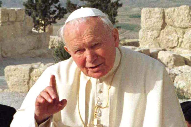 Jean-Paul II: biographie du pape et saint, mort et canonisation