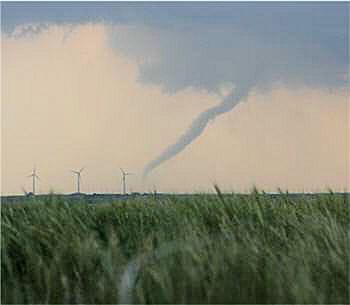 les tornades tuent et blessent des centaines d'américains chaque année.