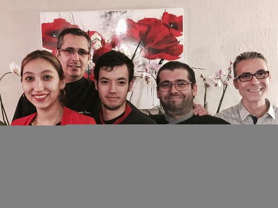 Plat : Le Makia  - notre équipe -   © bruno hernandez