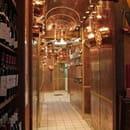 La Taverne des Deux Augustins  - le couloir des cuisine -