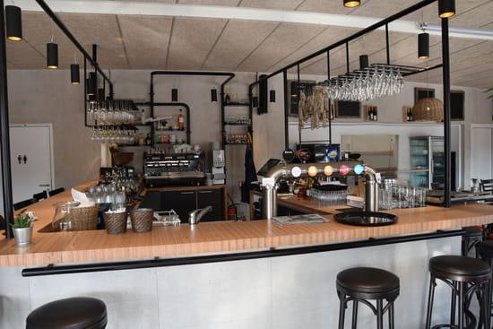 Boisson : Le Pavillon  - le bar -   © @restaurantlepavillon