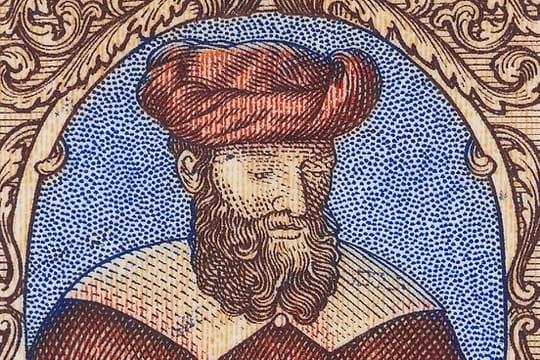 Avicenne: biographie du médecin et philosophe à l'origine du Qanûn