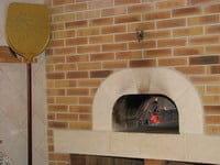 La Pizza au Feu de Bois  - Le four à bois -