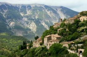 Au pied du Mont Ventoux, balade entre villages et vignobles