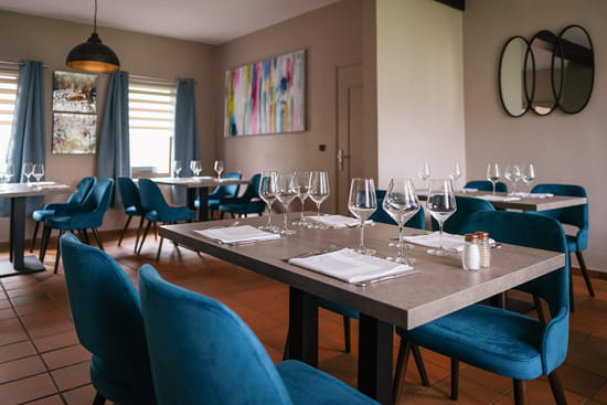 Restaurant du Domaine Au Fil de l'Eau  - Intérieur de notre restaurant -   © Lueur de l'Aube