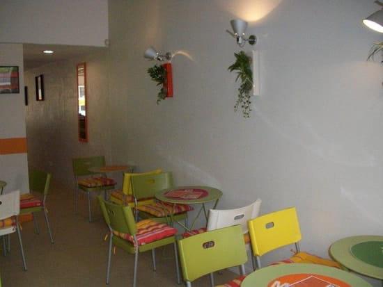 B&S Café Bagels and Smoothies  - La Salle -