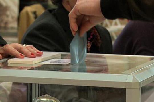 Participation départementales: 42,98% à17heures