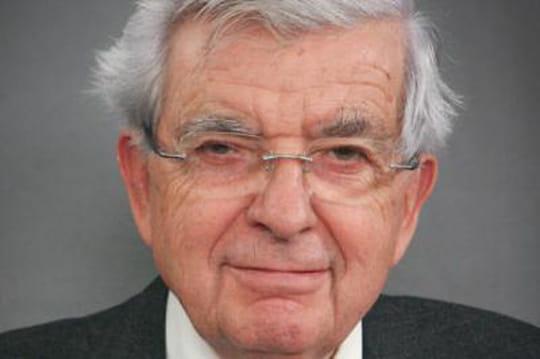 """Jean-Pierre Chevènement : """"Je ne voterai pas le non-cumul des mandats"""""""