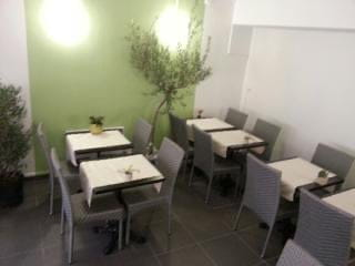 Les Fleurs d'Olivier  - Le restaurant (La salle) -   © Les fleurs d'Olivier