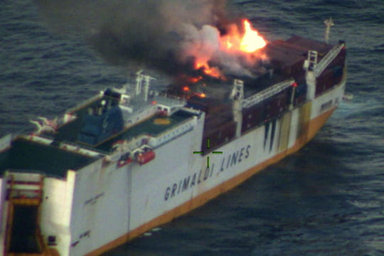Grande America: après le naufrage, où en est l'opération de pompage?