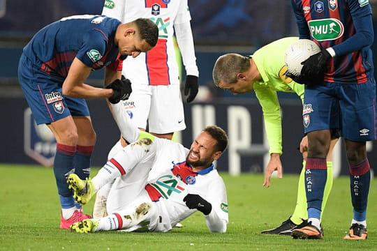 Caen - PSG: Paris gagne mais perd Neymar sur blessure, le résumé du match