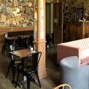 Restaurant : Café Gourmand Resturant Family & Bar  - La salle du 1er étage -   © CafeGourmand