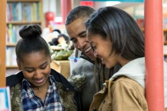 Filles d'Obama critiquées : la polémique s'emballe