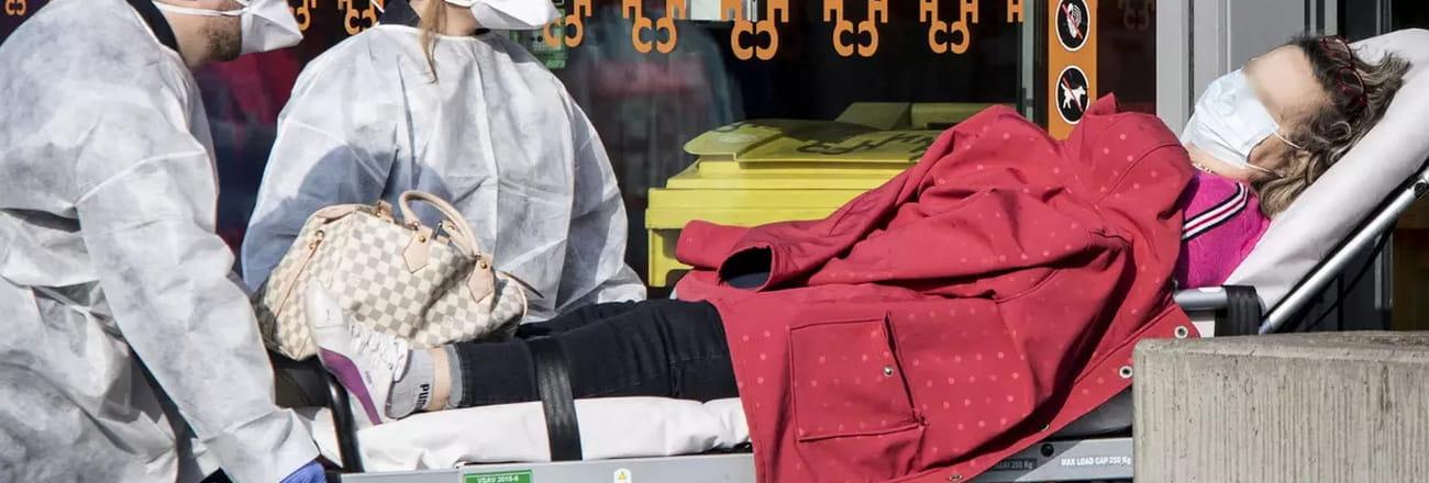 Coronavirus : les images de la France en alerte