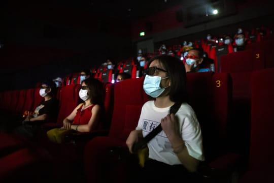 Cinéma et coronavirus: couvre-feu dans les grandes villes, ce qui va changer