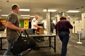 Vols vers les Etats-Unis: les poudres interdites en cabine