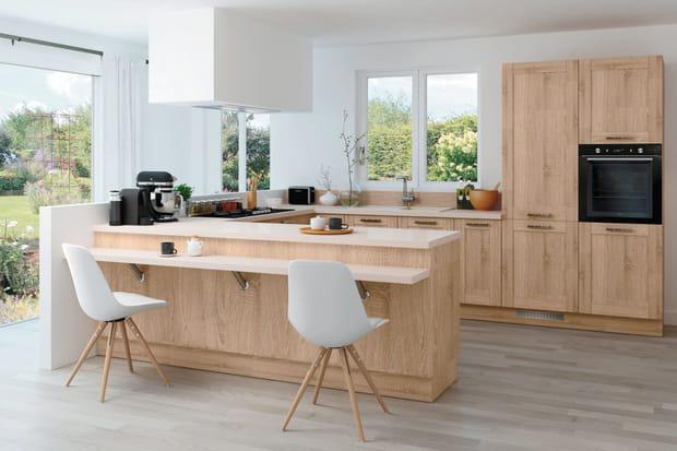 Une cuisine semi ouverte avec double plan de travail - Plan de travail cuisine rabattable ...