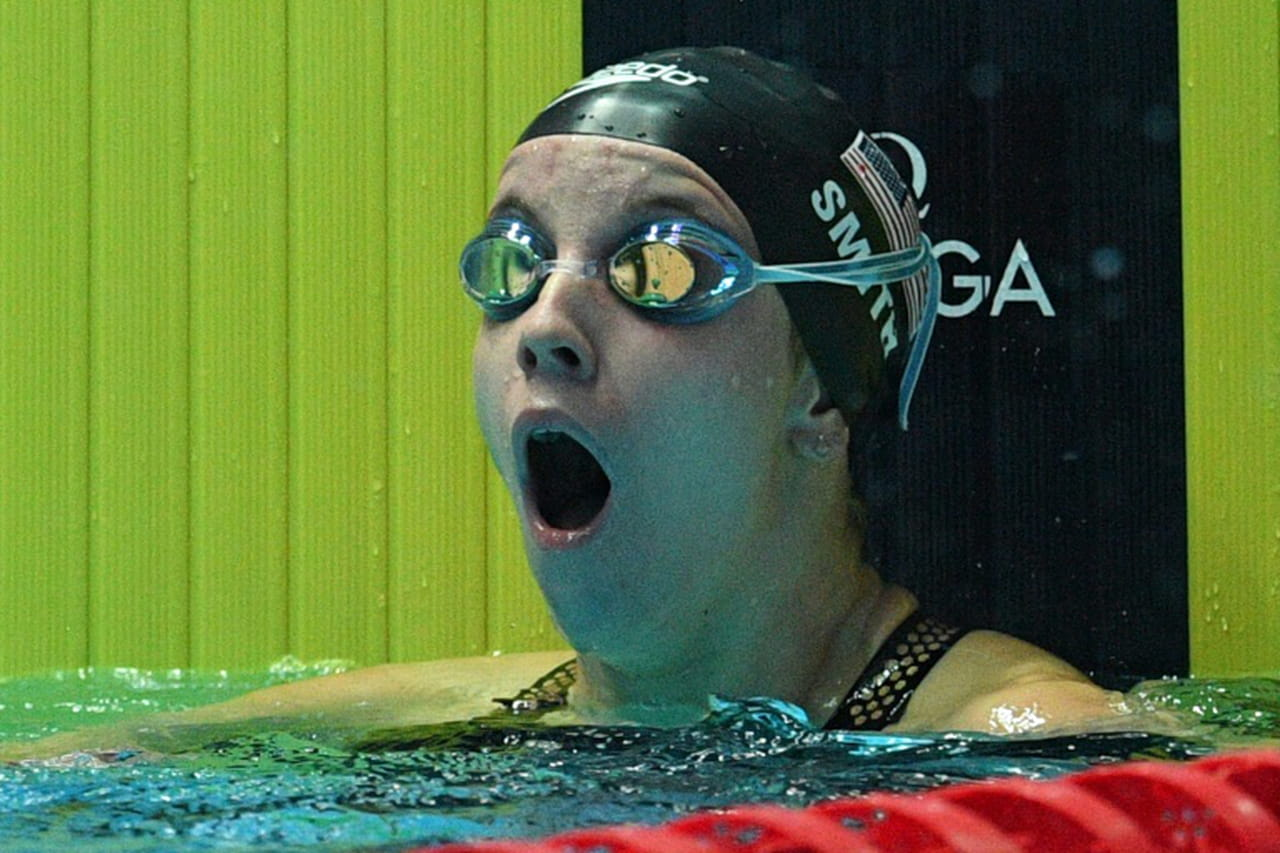 Mondiaux de natation: l'Américaine Regan Smith bat le record du monde sur 200m dos en demi-finales