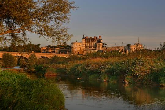 Touraine, entre vignobles et châteaux