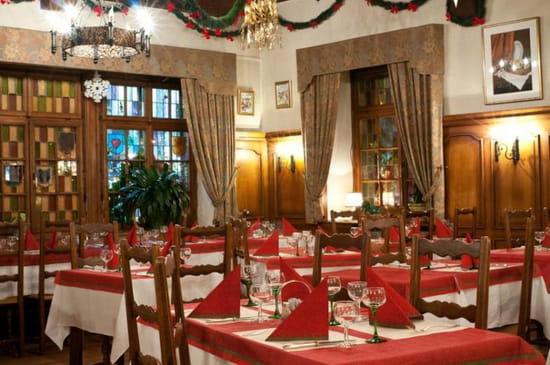Restaurant : Au Lion d'Or  - La salle au rez de chaussée -