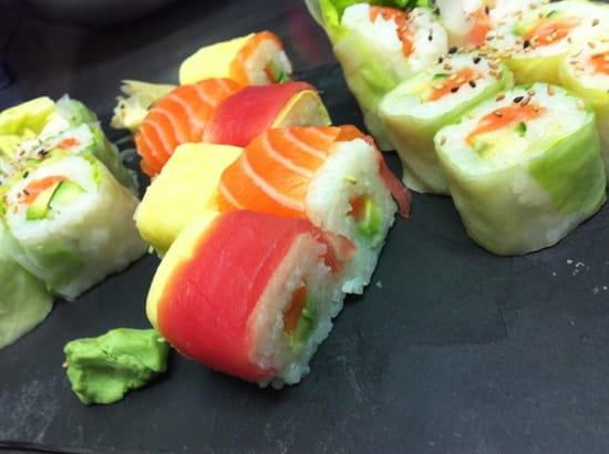 tomo sushi restaurant japonais marseille avec linternaute. Black Bedroom Furniture Sets. Home Design Ideas