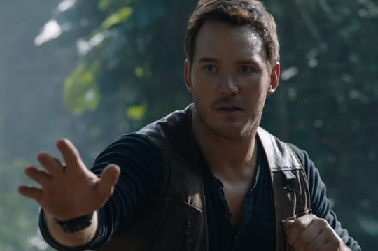 Chris Pratt face à des dinosdans le trailer de Jurassic World 2