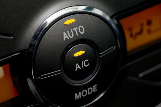 Recharger sa climatisation auto: conseils, prix et règles