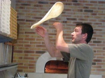 La Pizza au Feu de Bois  - Le pizzaïolo -