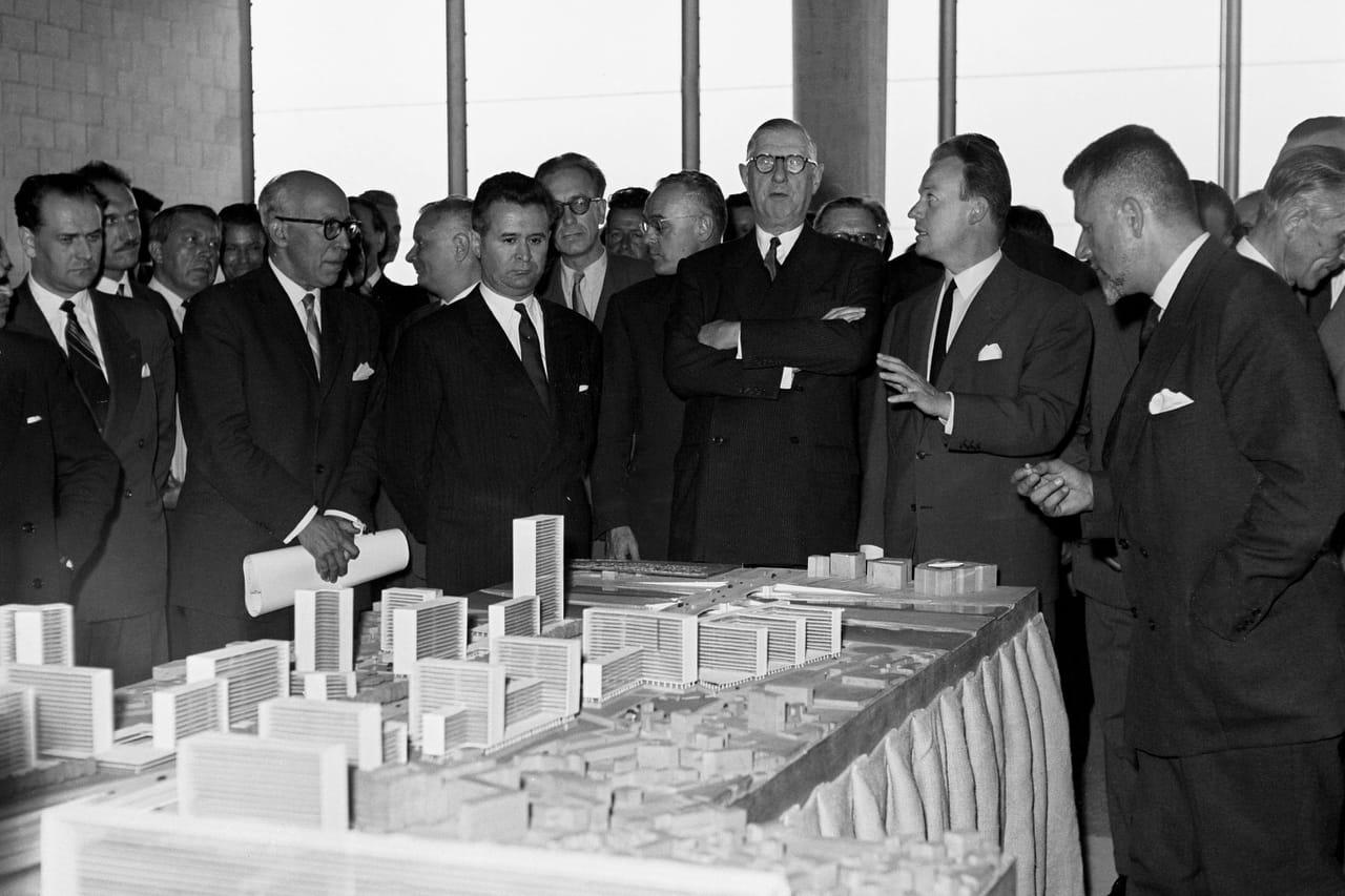 De Gaulle, bâtisseur: de la reconstruction à la désillusion