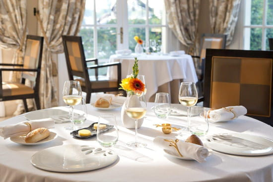 Restaurant : La Côte Saint Jacques & Spa *****  - La Côte Saint Jacques -   © @LaCôteSaintJacques&Spa*****