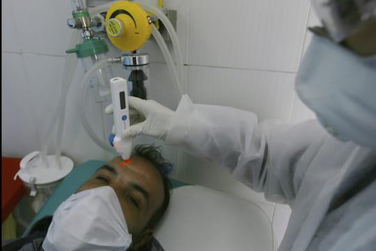 Coronavirus: encore un nouveau cas en France, des précisions sur l'homme décédé à Paris