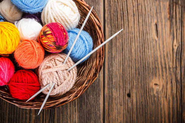 Des aiguilles à tricoter