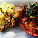 Au Beau'Vin  - cuisse de canard confite et gratin de courgettes -   © elyse
