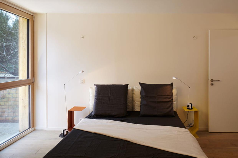 des pi ces avec triple vitrage. Black Bedroom Furniture Sets. Home Design Ideas