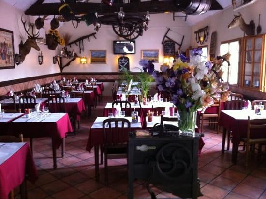 Restaurant la Grange  - salle du restaurant -   © juan