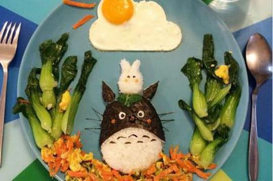 Une maman crée des chefs-d'oeuvre dans les assiettes de ses enfants
