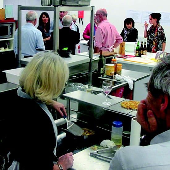 A l'Ecole de Cuisine  - Cours de cuisine -   © La Matière Vive