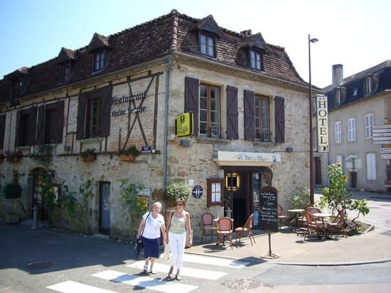 Le Victor Hugo  - Hotel-bar-restaurant LE VICTOR HUGO -   © Chris591
