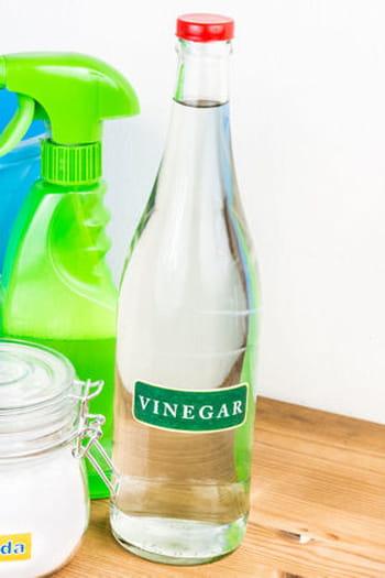 Le vinaigre blanc pour raviver le blanc - Linge deteint vinaigre blanc ...
