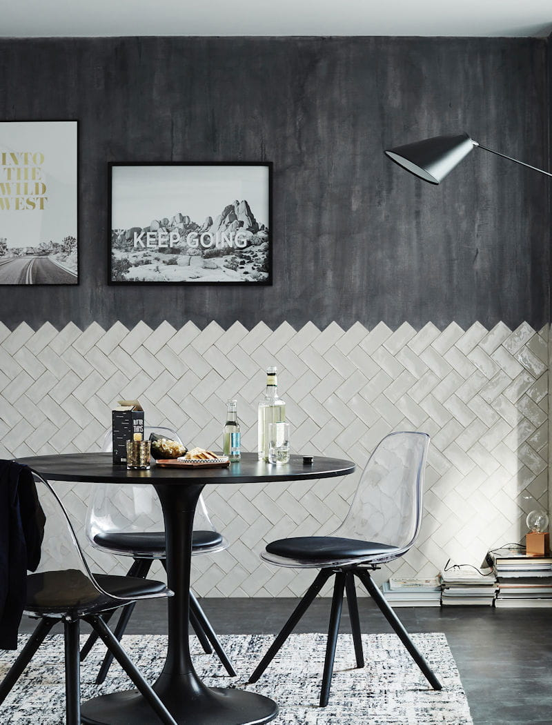 carrelage pos en chevron. Black Bedroom Furniture Sets. Home Design Ideas