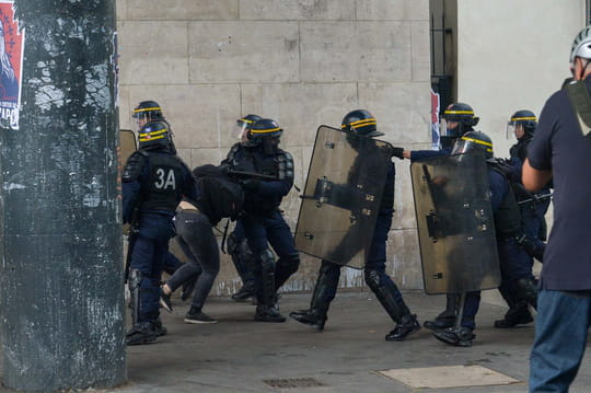 """Manifestation du 26mai2018: 7membres des forces de l'ordre blessés lors de la """"marée populaire"""""""