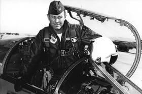 Décès du pilote américain Chuck Yeager, légende de l'aviation