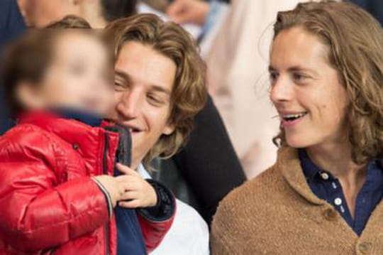 Famille Sarkozy : père, fils et petit-fils devant lePSG